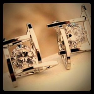 Brilliant cut Sterling Silver and Zirconia